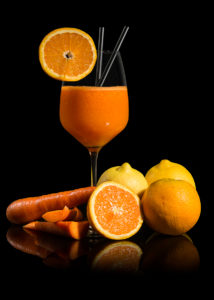 Still Life bicchiere di succo arancia