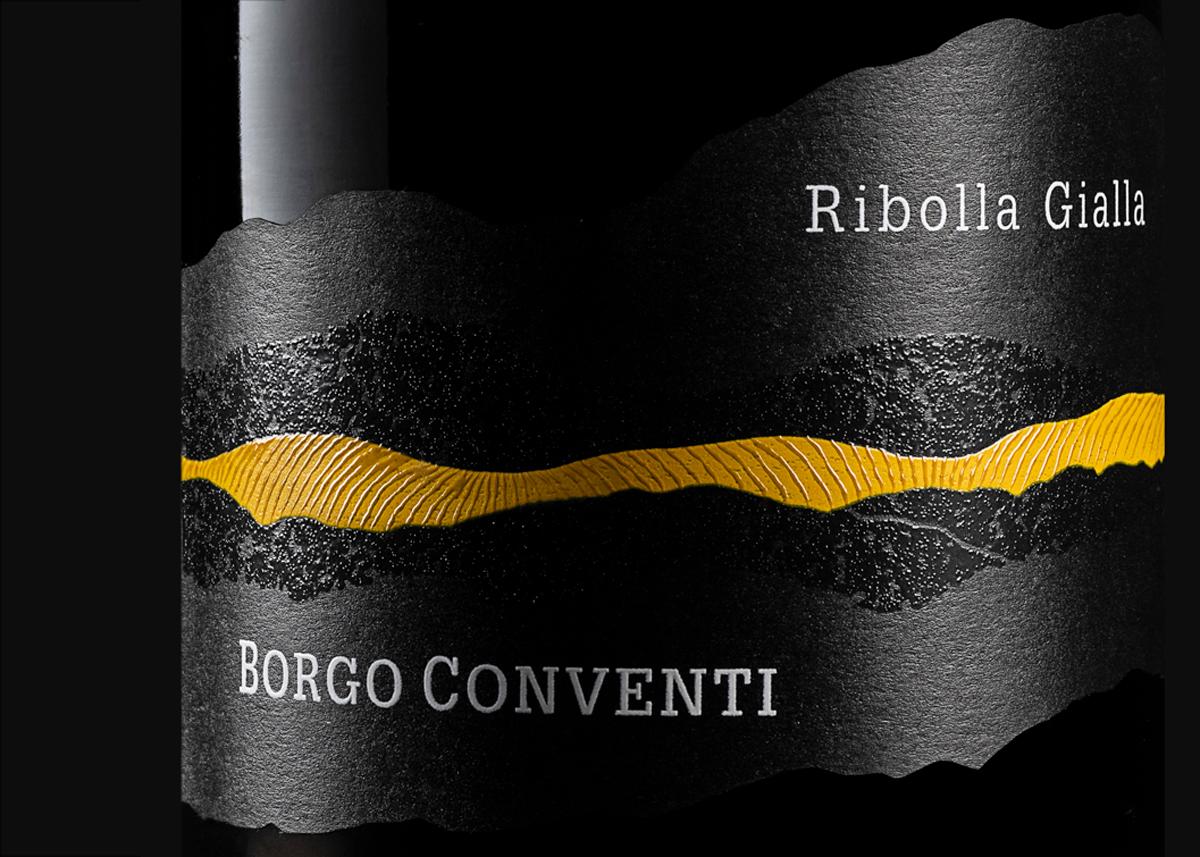 Foto Bottiglie Vino Rosso Ribolla gialla